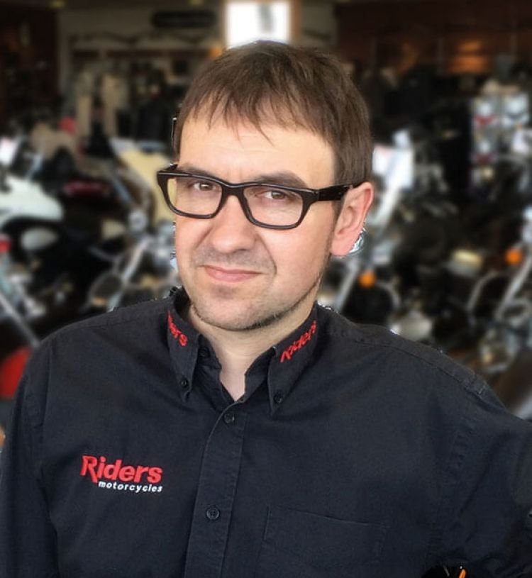 Harvey King, Sales Manager