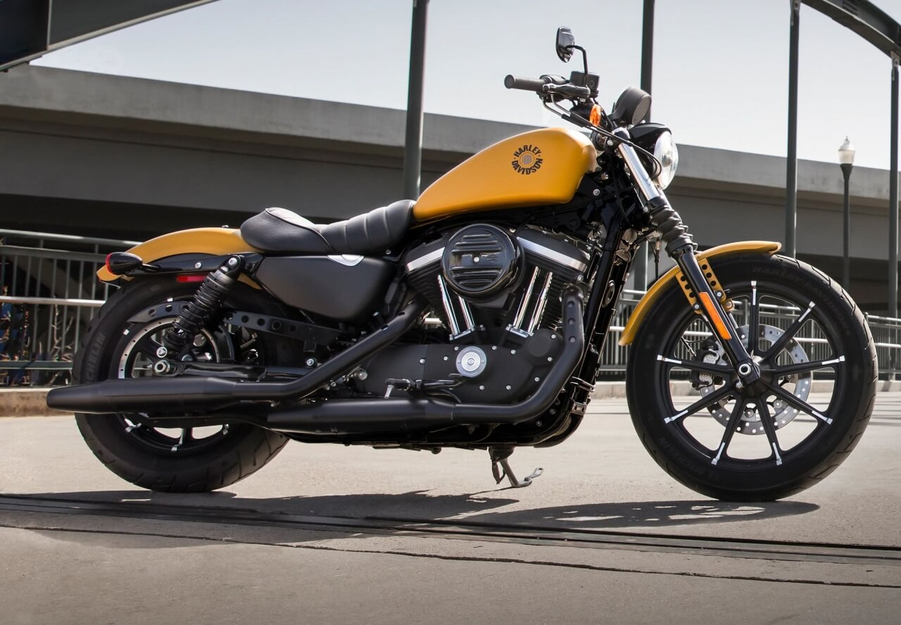 Harley Davidson Iron 883 Exclusive Price